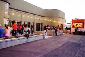 medford-oregon-restaurant-outdoor-dining